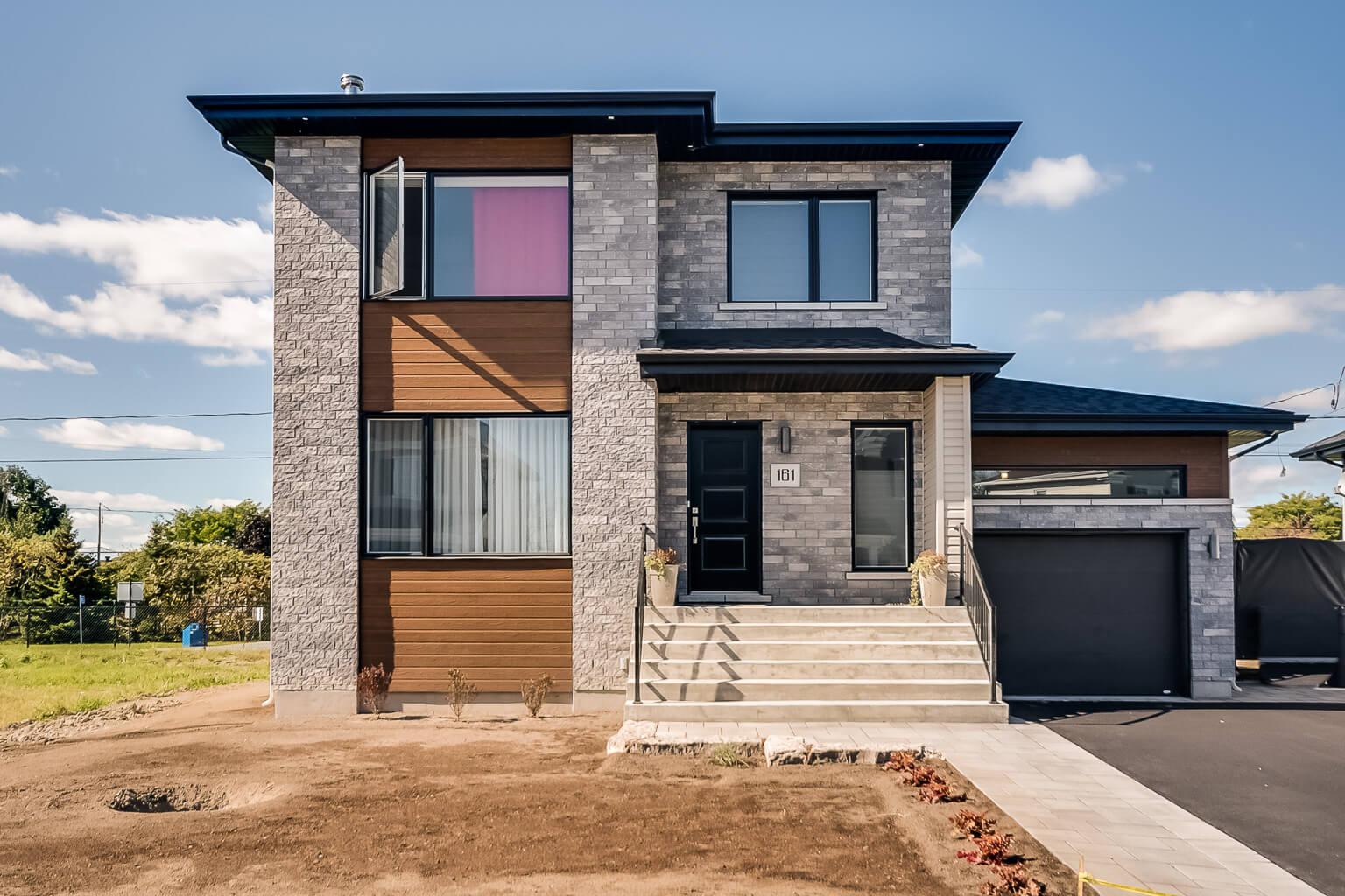 maisons unifamiliales vendre habitations pilon varennes. Black Bedroom Furniture Sets. Home Design Ideas